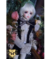 Clover Doll: Booth